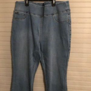 New DG2 Jeans $18 each